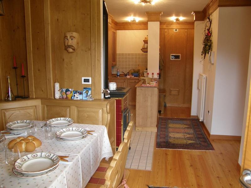 Appartamento in vendita ecche bassa domusappada for Casa con appartamento seminterrato in vendita